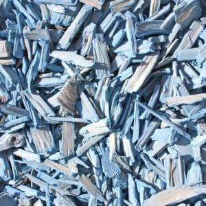 copeaux de bois colorés bleu ciel
